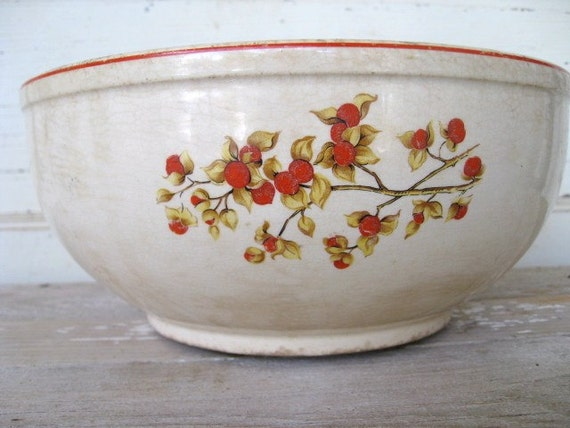 Vintage Universal Cambridge Pottery Mixing Bowl Bittersweet