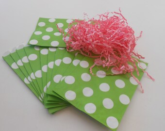 SALE / Green And White Polka Dot Party Treat Bags / 24 Party Treat Paper Bags / Favor Bags / Green Paper Bags / Polka Dot Bags / Birthday