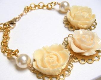 Flower Bracelet, Ivory Flower Bracelet, Gold Flower Bracelet, Bridal Bracelet, Wedding Jewelry, Country Wedding - Ivory Gables Bracelet