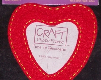 red felt heart frame to decorate,embellish,Mother's Day,craft,card making,kid's project,craft photo frame sticker,scrapbooking