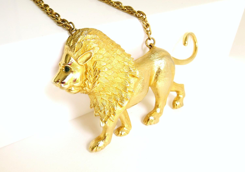 Vintage Park Lane Lion Necklace Large Gold Tone Lion