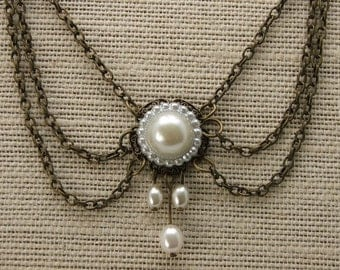 Romantic and Antique Style Necklace  Chain with White Pearly Beads