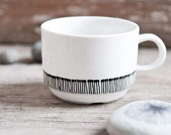 "Teacup, Coffee cup, Hand-painted vintage cup ""somewhat angular"", black and white"