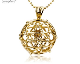 Gold Star of david,14k yellow gold  'star of david crown' handmade pendant, the kabbalah 'flower of life' collection.