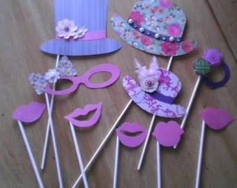 15 Customizable Photo-Booth Props