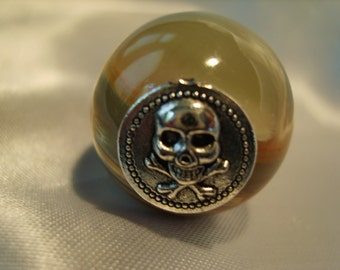 SKULL AND CROSSBONES  onyx wine stopper with satin gift bag