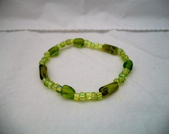 handmade lime green beaded bracelet