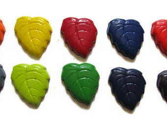 Leaf Crayons set of 10 - party favors - recycled crayons