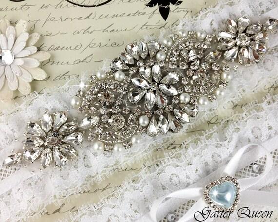 Ivory stretch lace Bridal Garter set