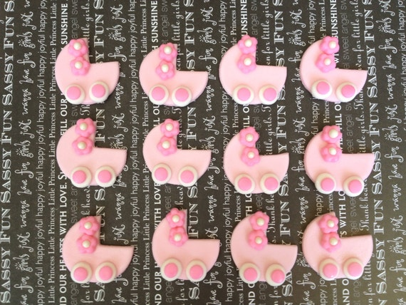 Cake Toppers For Baby Shower Uk : Items similar to Baby Shower Fondant Cupcake Toppers ...