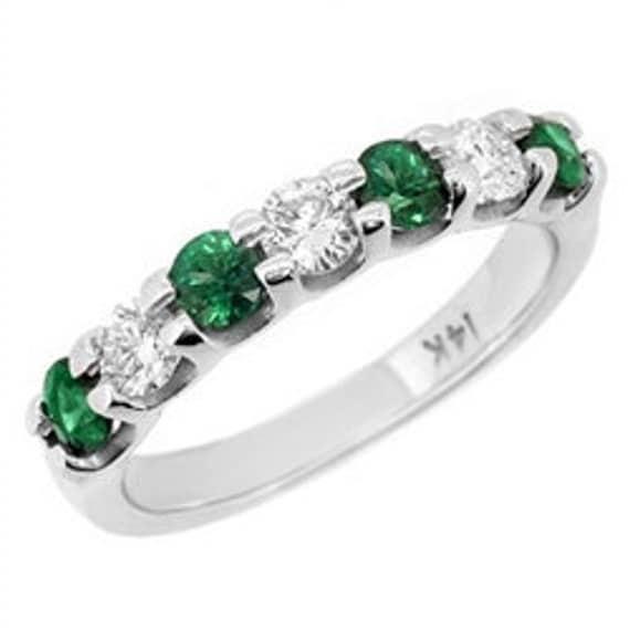 1 08ct green emerald anniversary ring wedding band