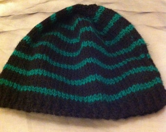 Kid's black and green stripes wooly hat