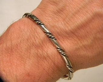 Timeless Fashion 925 Sterling Silver Unique Twisted Style Bracelet 15.4 Grams #714