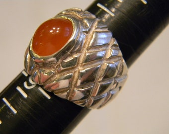Fashion Fansy Elegant Timeless Sterling 925 Silver Unique Lined Band WIth Caramel Colored Stone Ring Size 8.25, 13.6 Grams #4455