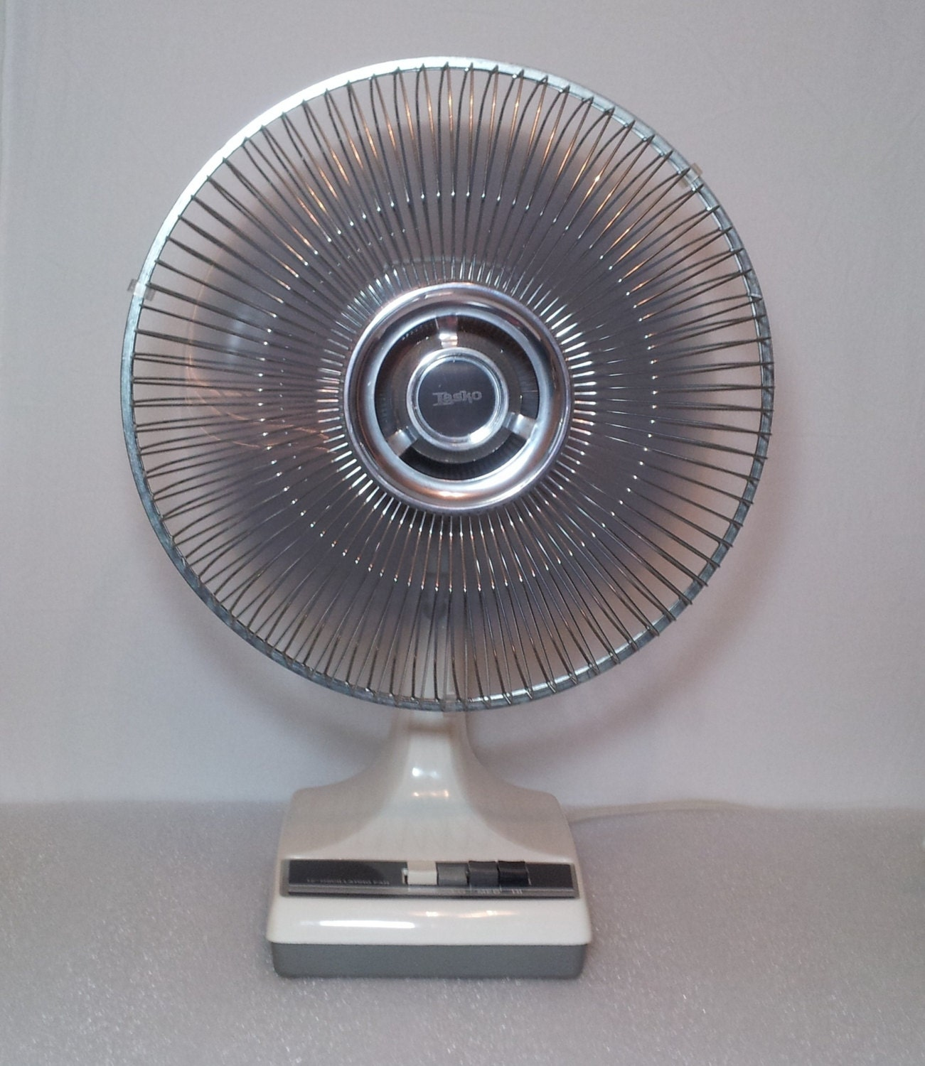 Lasko Oscillating Fan : Vintage lasko oscillating fan style k cr by