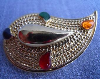Marvelous Vintage Enameled Goldtone Metal Paisley Pin, Brooch - Circa 1960s - 1970s