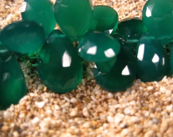 10 ea. AAA Green Onyx Chalcedony Faceted Pear Briolettes 10 Beads 13X9mm, Bridesmaid, Wedding, Wholesale