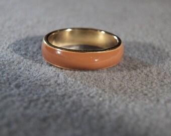 Vintage Yellow Gold tone Domed Enameled Eternity Wedding Band Ring, Size 8