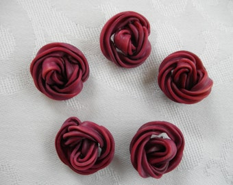 Vintage Extruded Celluloid Plum Or Wine Buttons With Rope Knot, Noodle In Style Total of Five
