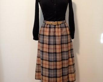 1970s Plaid Skirt