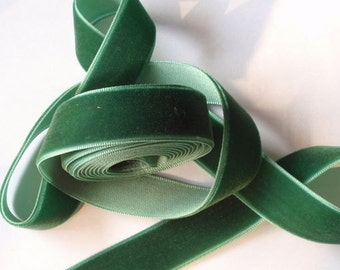 5 yards 3/4 inches Velvet Ribbon in Tree Green RY34-163