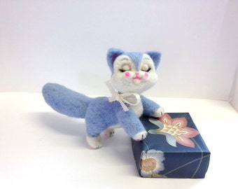 Needle Felted Vintage-Inspired Cat Sculpture (Made to Order)
