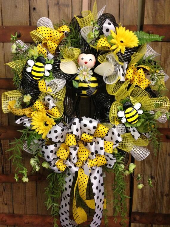 Bumble Bee Wreath