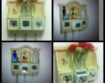 Primitive Distressed Wood Cabinet/Shabby chic Organizer/Rustic key organize/jewelry organizer/key organizer/mail letter organizer