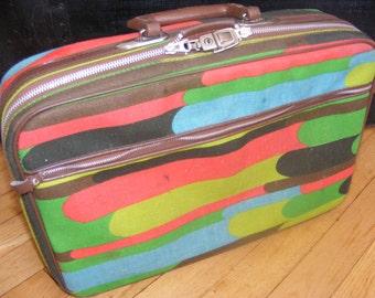 Funky Retro Penguin Travelers Overnight Luggage Bag