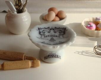 Dollhouse Miniature Pâtisserie Cake Stand