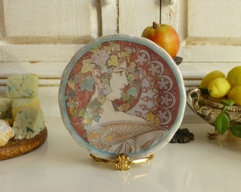 Art Noveau Plate for Dollhouse