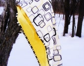 "Oversize Retro Blanket in Yellow, Black, and White 45""x43"""