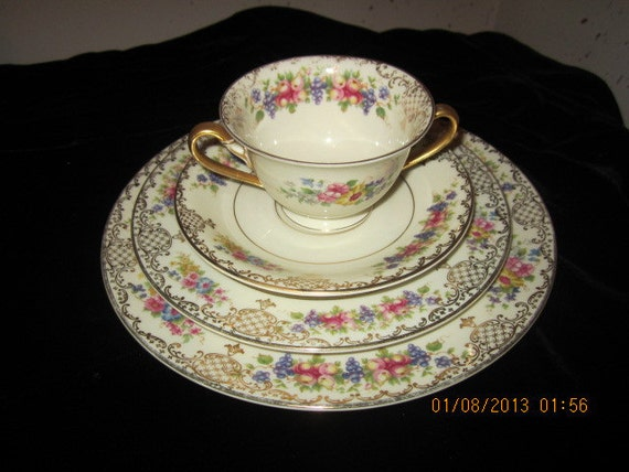 Vintage Rosenthal Ivory Bavaria 3 Piece Set Cup And Saucer