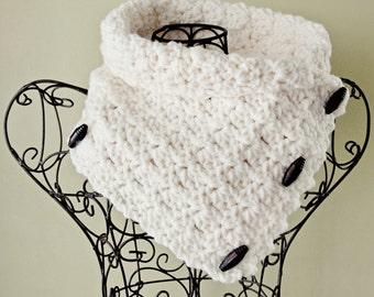 Cowl CROCHET PATTERN Chunky Button Scarf Easy Crochet Patten The BRISTOL