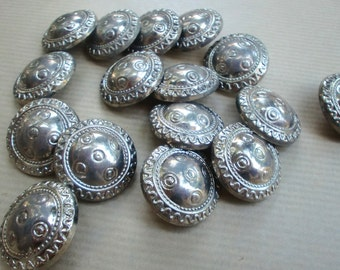 Metal silver buttons, Antique tone, for sewing, craft, 30 pieces