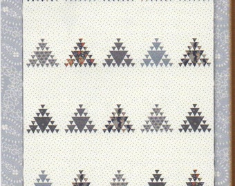 Go West Quilt Pattern by Minick and Simpson