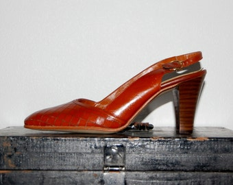 "Vintage 1960s Tan Leather Socialites 3"" High Heels / Pumps / Shoes. Diamond Pattern. Size US 6.5 6 1/2 Eur Euro 37."