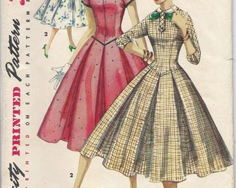 1950s Simplicity 1323 Teen Dress with Detachable Collar, Size, 12, Bust 30