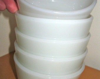 5 VINTAGE white milk glass pyrex ramekin dishes