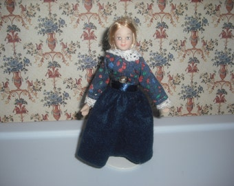 1:12 scale Dollhouse Mother doll