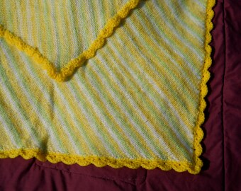 Variegated Knitted Baby Blanket with Yellow Shell Edging