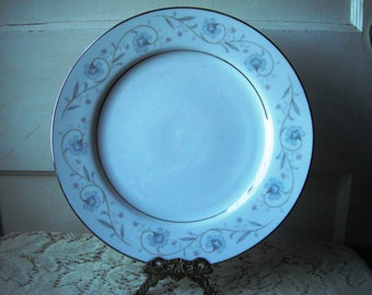 English Garden Fine China of Japan Dinner Plate stock no 2