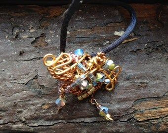 Pendant: Vintage inspired Wire Wrapped beaded
