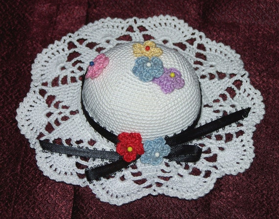 Crochet Flower Pincushion Pattern : Items similar to Handcrafted Crochet Flower Hat Pincushion ...
