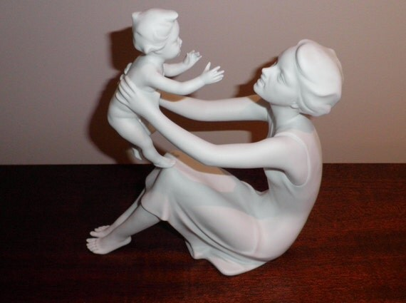 Sale mother and child kaiser porcelain figurine made in germany