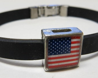 Patriotic American Flag Link With Choice Of Colored Band LinkFund Bracelet