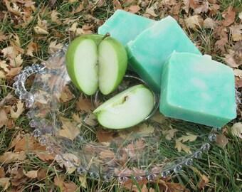 Crisp Apple Shampoo & Body Bar