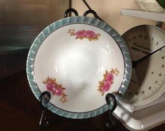 Vintage Yamatsu Serving Bowl with Pink Roses