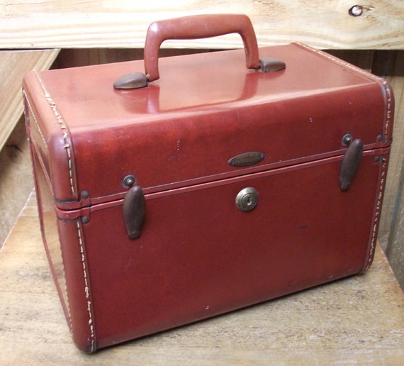Vintage Leather Shwayder Bros Samsonite Train Case