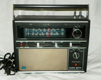 Vintage Channel Master Radio AM-FM-PB1-PB2 4band with Pre Set Weather Model 6256 - Works